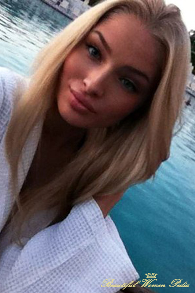 alena-shishkova-beautiful-without-photoshop
