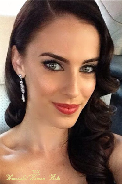 jessica-lowndes-beautiful-without-photoshop