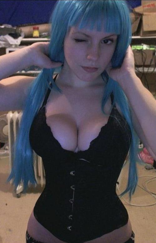 Sexy Cosplay Top 12